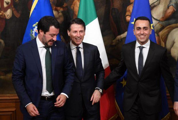 E' il giorno della bocciatura Ue, Conte, Salvini, Di Maio preparano il piano d'attacco