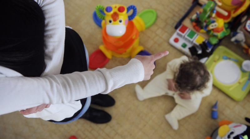 Roma, maltrattamenti su bimbi asilo: 2 maestre ai domiciliari