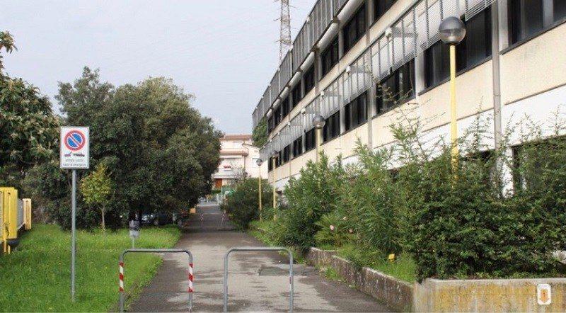 La Spezia: Spray urticante a scuola, evacuati 1500 studenti