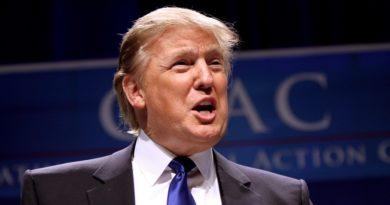 Obamacare incostituzionale, Trump: Una grande notizia per l'America
