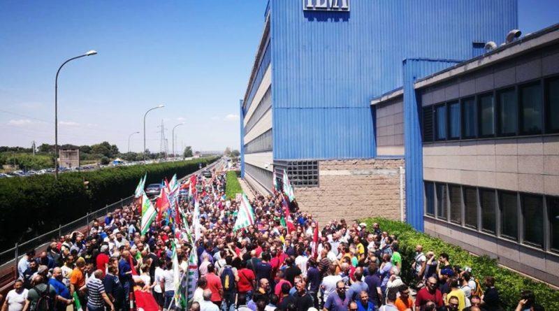 ArcelorMittal, indaga la Procura di Milano. L'azienda lascia il 4 dicembre
