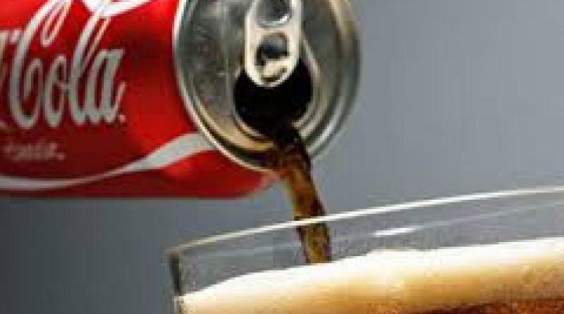 Manovra, M5S: Tassa sulla Coca-Cola per coprire Irap