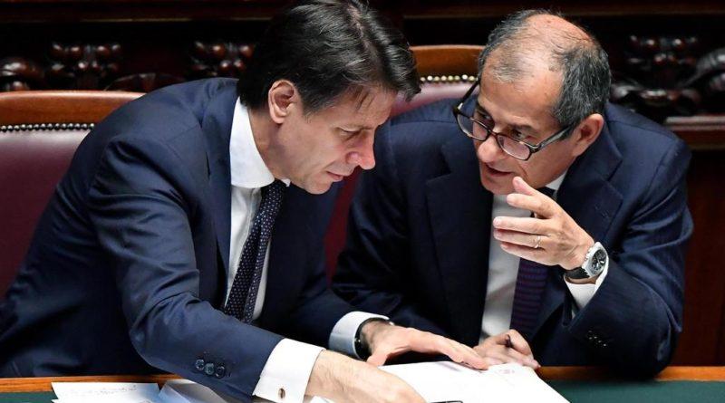 L'Ue boccia la Manovra dell'Italia: Violata la regola della riduzione del debito