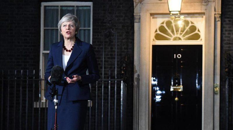 Vittoria della May, primo sì sulla Brexit