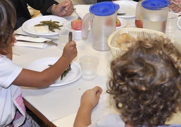 Grillo, irregolare una mensa scolastica su 3: 'Un film dell'orrore'