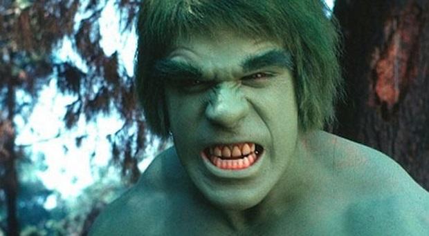Lo storico attore di Hulk, Lou Ferrigno è stato ricoverato dopo una vaccinazione