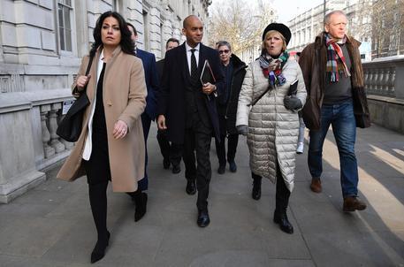 Brexit: scissione anti-Corbyn nel Labour, via in sette