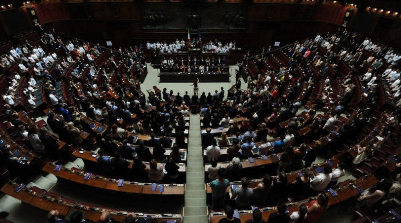 Matteo Salvini si difende nell'Aula di Palazzo Madama