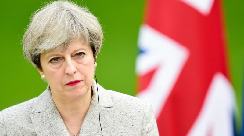 Brexit, l'Unione Europea indica due strade a Theresa May