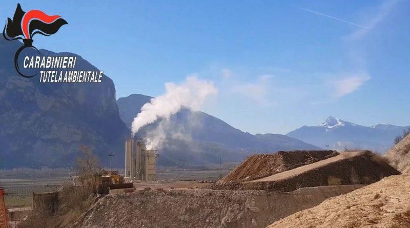 Trento, sequestrata discarica a Mezzocorona: 200 mila tonnellate rifiuti