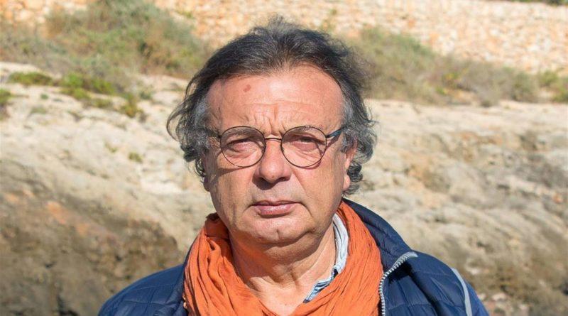 """Migranti, sindaco Lampedusa: """"Vanno fatti sbarcare"""""""