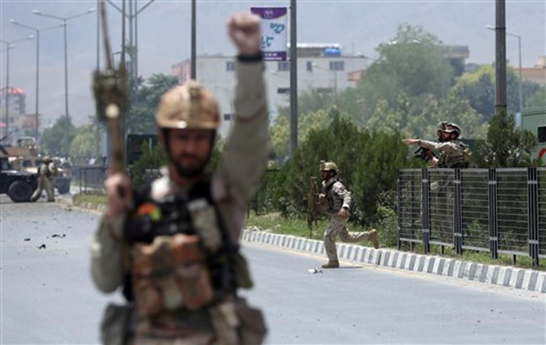 "Afghanistan, testimone: ""Talebani appendono corpo a gru in piazza Herat"""