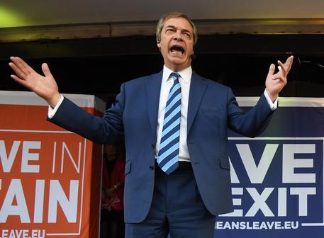 Brexit e Farage: 'Come uscire  dalla  Chiesa di Roma'