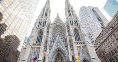 New York, folle vuole dare fuoco alla cattedrale di Saint Patrick: voleva bruciarla come Notre-Dame