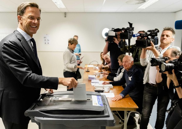 Europee: l'Olanda premia i laburisti, nessun seggio per Wilders