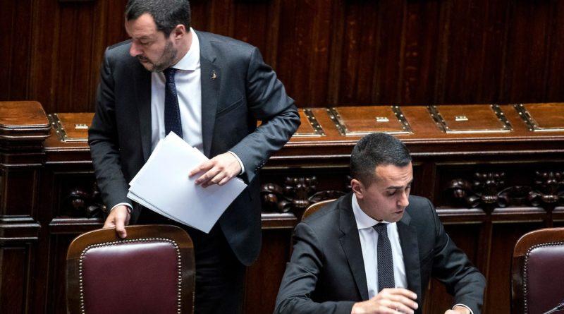 Scontro al governo, Salvini ammette: 'Siamo sotto attacco'