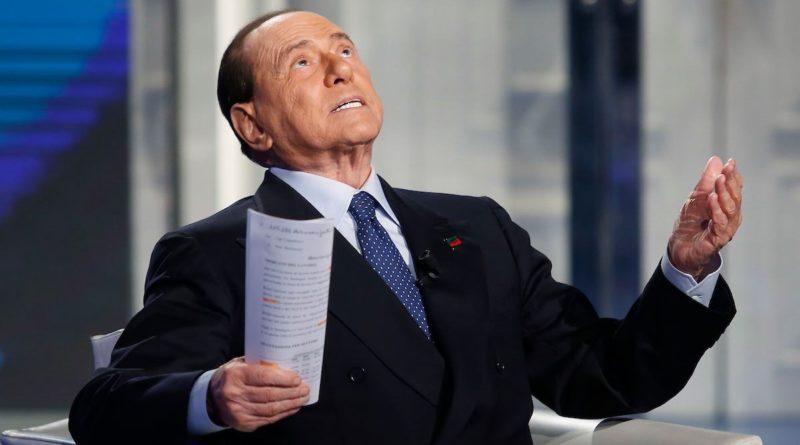 """Berlusconi: """"Carfagna e Toti nuovi coordinatori di Forza Italia"""", ma comanda sempre il Cav"""