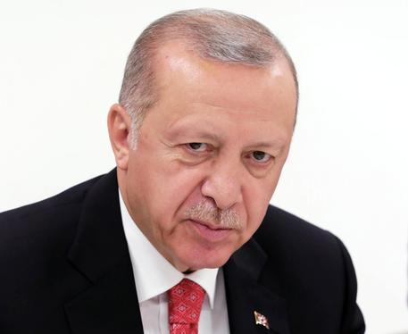 Erdogan, se Tripoli cade rischio terrore