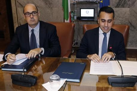 Governo: trattativa Pd-M5s va avanti, oggi i tavoli di lavoro dem