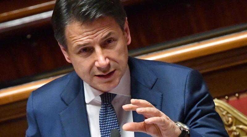 """Discorso Conte: """"Salvini ha seguito interessi personali. Azione governo finisce quì"""""""