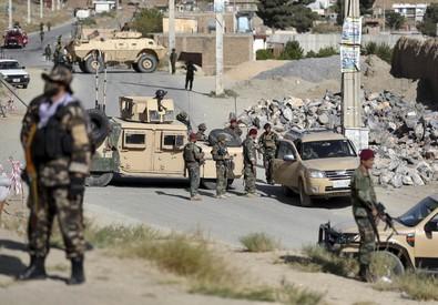 Afghanistan: autobomba a comizio Ghani, 24 morti