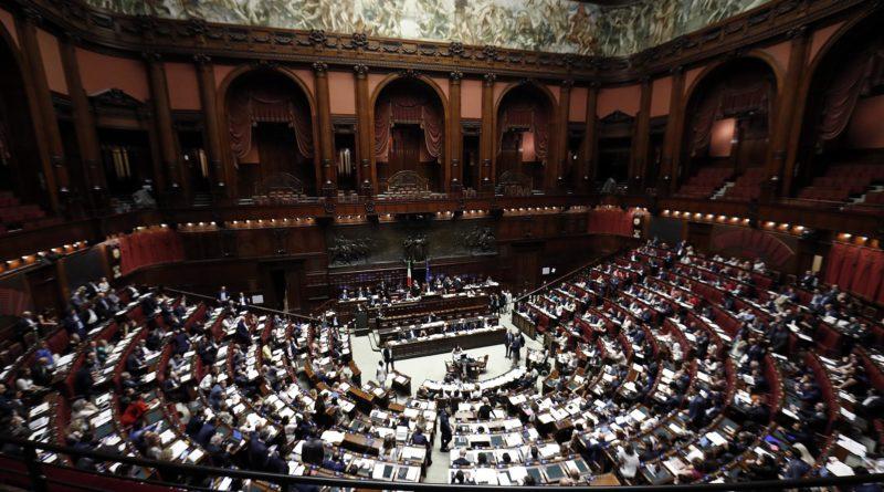 Taglio dei parlamentari, fissata al 29 marzo la data del referendum
