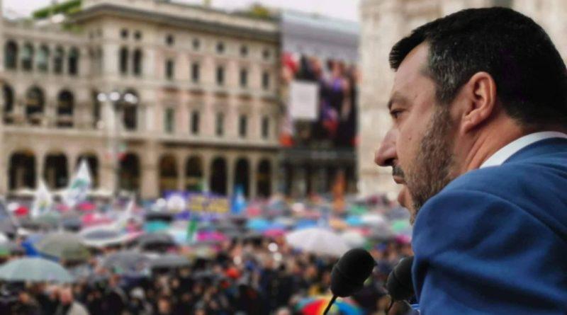 Salvini sfida il governo e svela il nuovo nome del centrodestra
