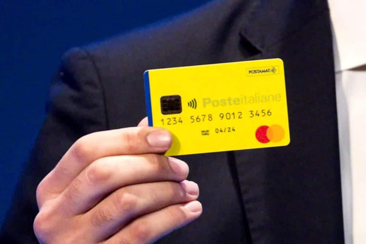 Reddito di cittadinanza, sospesi alcuni pagamenti da novembre