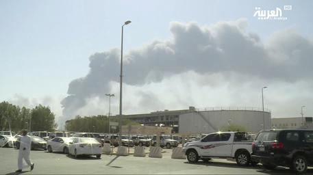 Attacco al petrolio a Riad peggior danno alla produzione della storia