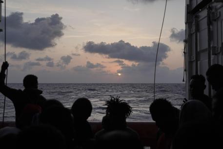 Assegnato alla Ocean Viking il porto sicuro di Messina