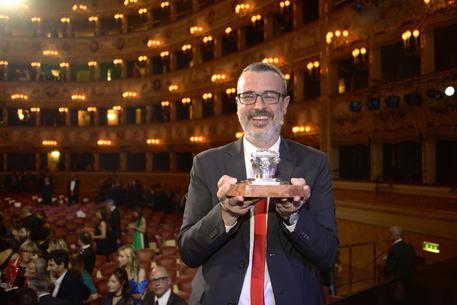 Andrea Tarabbia vince il Campiello con 73 voti