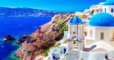 Grecia: 50mila turisti bloccati per bancarotta Thomas Cook, rimpatri nei prossimi giorni