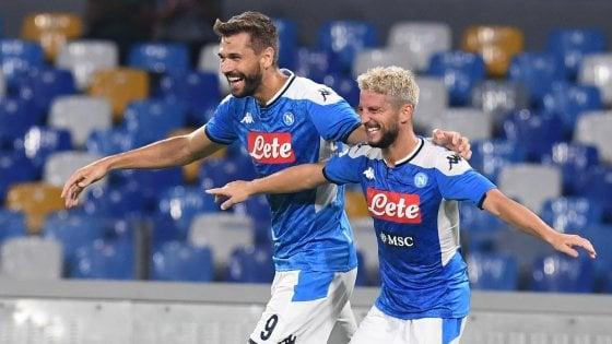 Show di Mertens: il Napoli batte la Fiorentina 2-0