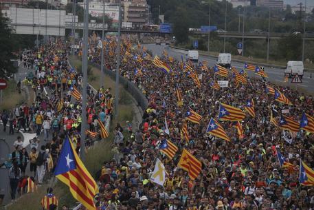 Catalogna, in corso lo sciopero generale Puigdemont rilasciato in Belgio