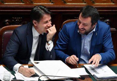 Matteo Salvini tra Chef Rubio e 'Giuseppi'