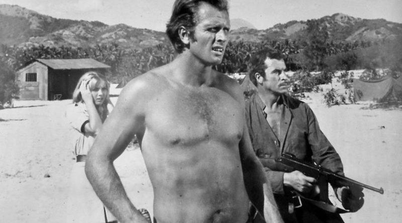 Dramma per Ron Ely, ex Tarzan della tv: la moglie accoltellata dal figlio, poi ucciso dalla polizia