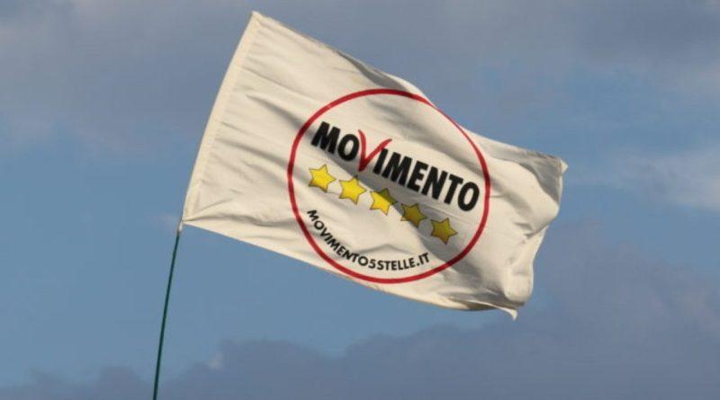 M5S. Due senatori passano con Salvini. Lucidi: Usciranno altri 20-30 dal Movimento