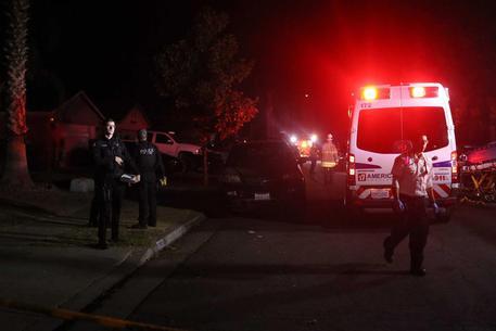 Usa: entra in un giardino e fa strage al party, 4 morti