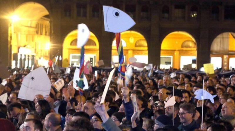 Assessora Pd in piazza con le Sardine cita in giudizio Salvini
