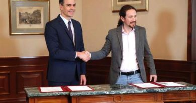 Spagna, accordo per un governo Socialisti-Podemos