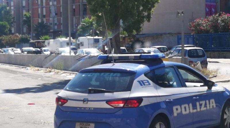 Notte di fuoco a Napoli, uomo ferito a colpi di pistola.  Indaga la polizia