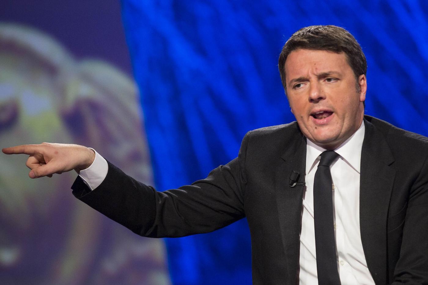 """Renzi attacca Bonomi: """"A gennaio chiedeva il Conte ter, ora osanna Draghi"""""""