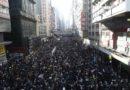 Hong Kong: in migliaia in piazza per la democrazia
