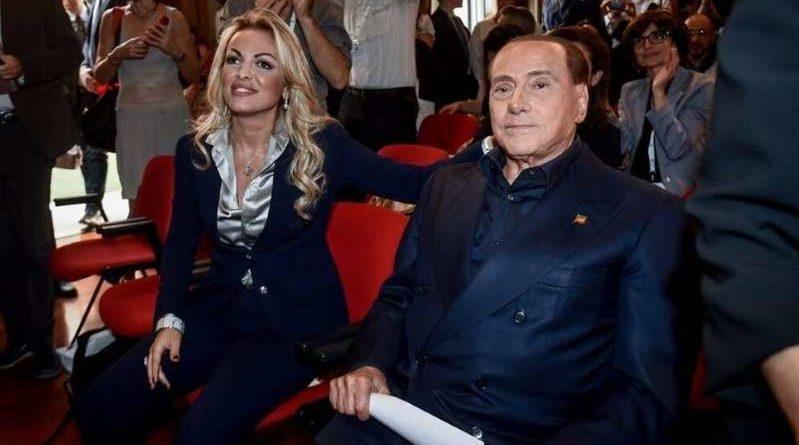 Francesca Pascale: 'Io sto con le sardine, potrei scendere in piazza con loro'