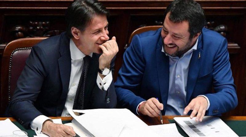 La proposta  di Salvini a Conte: tutti uniti per risolvere le crisi, poi il voto