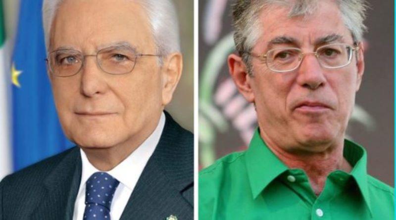 Vilipendio, Mattarella concede la grazia a Umberto Bossi