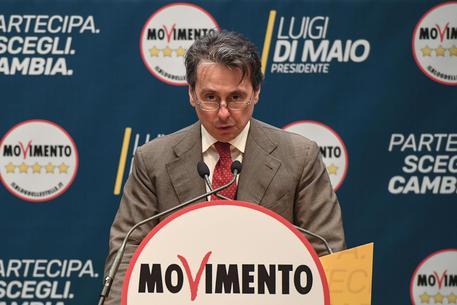 Senatore Grassi lascia M5S e passa alla Lega