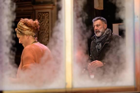 Lucrezia Lante della Rovere e Luca Barbareschi insieme per il testo di David Hare 'Il cielo sopra il letto'
