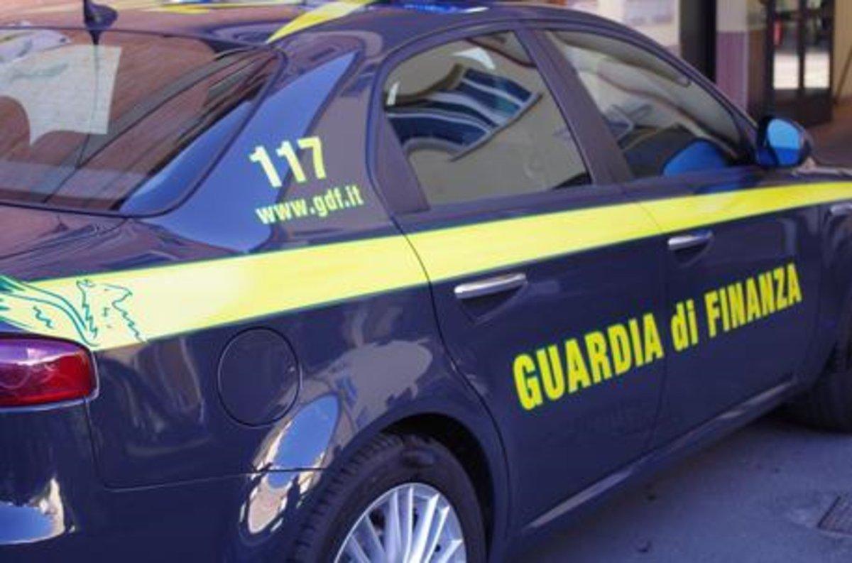 Roma: bancarotta fraudolenta e autoriciclaggio, arresti e sequestri