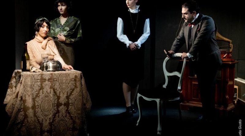 ASSASSINIO A CASA CHRISTIE di Jacopo Bezzi, regia di Massimo Roberto Beato,  dal 10 al 29 dicembre, Spazio 18b